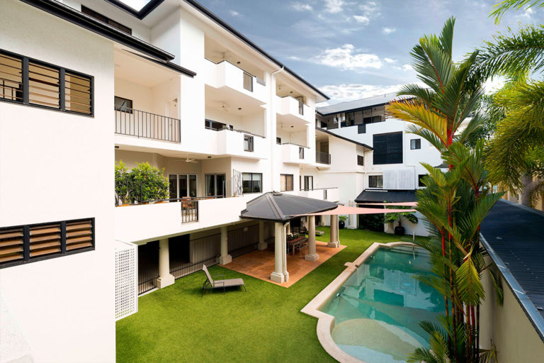 beaumont-on-space-cairns-accommodation-1200-2