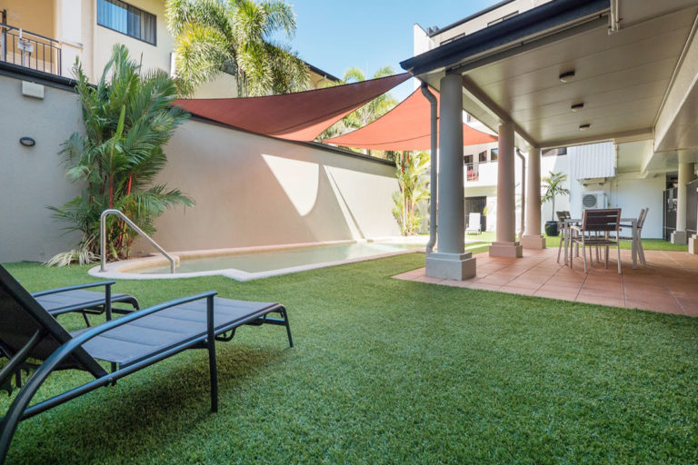 beaumont-on-space-cairns-accommodation-1200-3