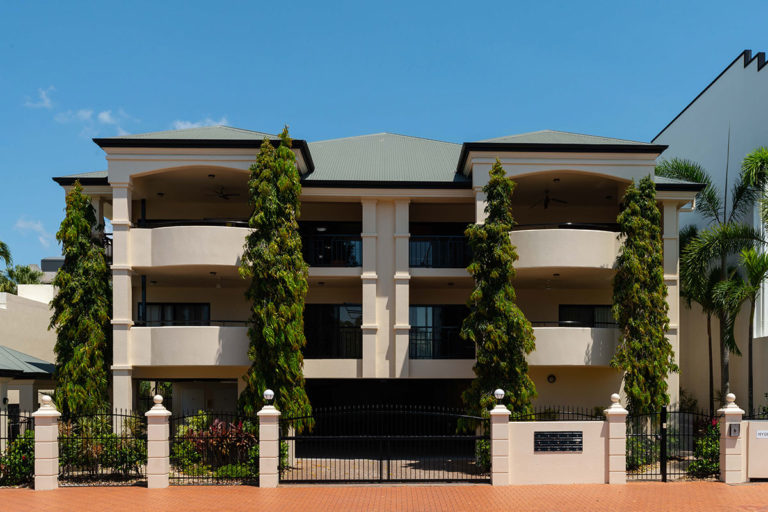 regency-on-space-cairns-accommodation-1200