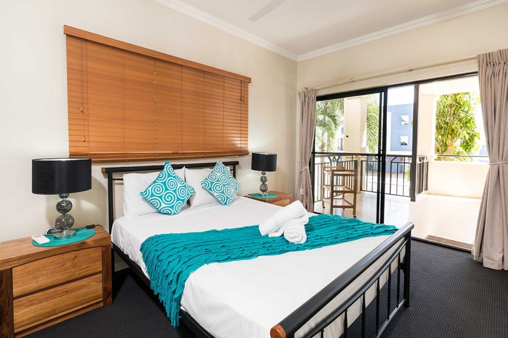 1200-1bed-2bed-regency-cairns-accommodation3