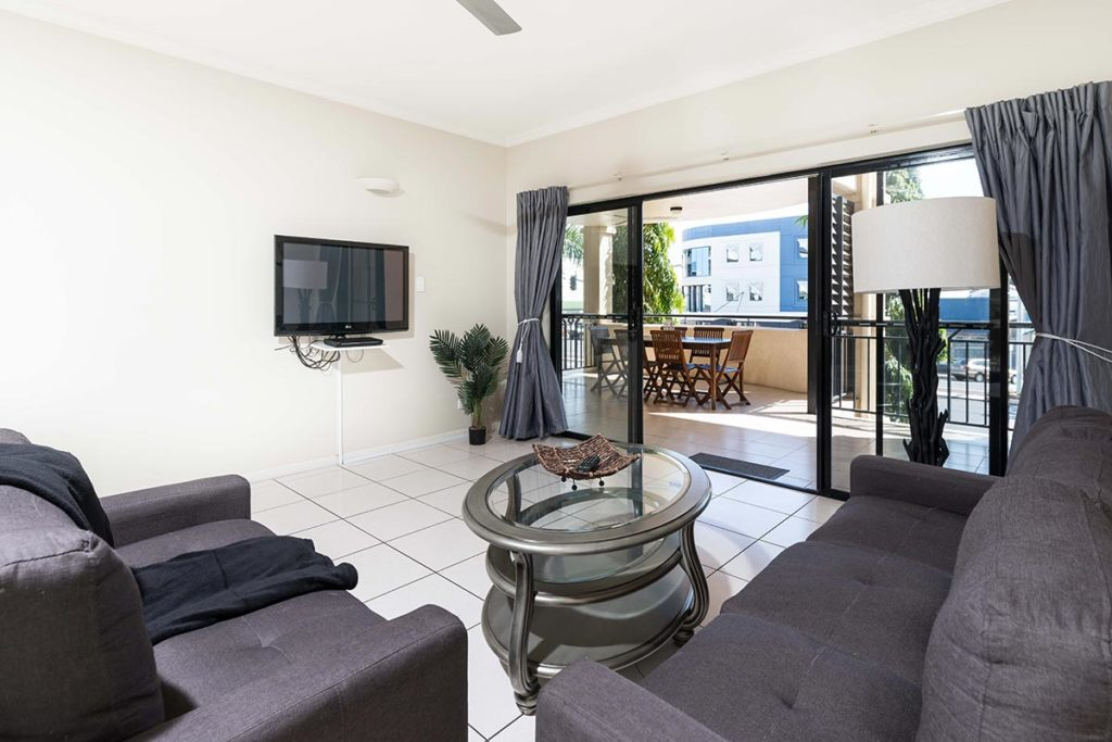 1200-1bed-2bed-regency-cairns-accommodation5