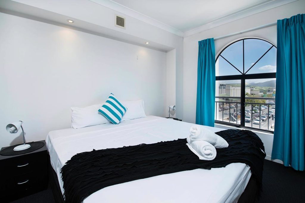 1200-2bed-beaumont-cairns-accommodation2