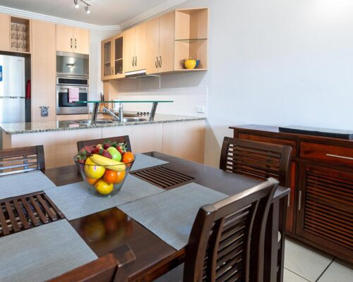 1200-2bed-beaumont-cairns-accommodation4