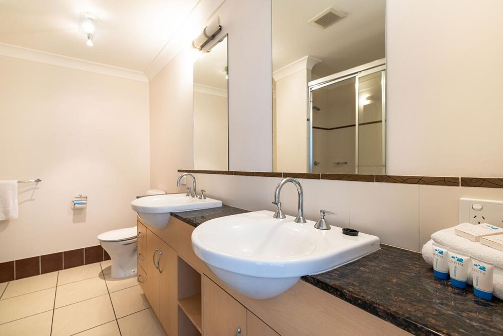 1200-2bed-beaumont-cairns-accommodation8