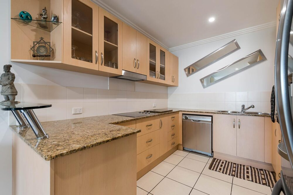 1200-3bed-beaumont-cairns-accommodation1