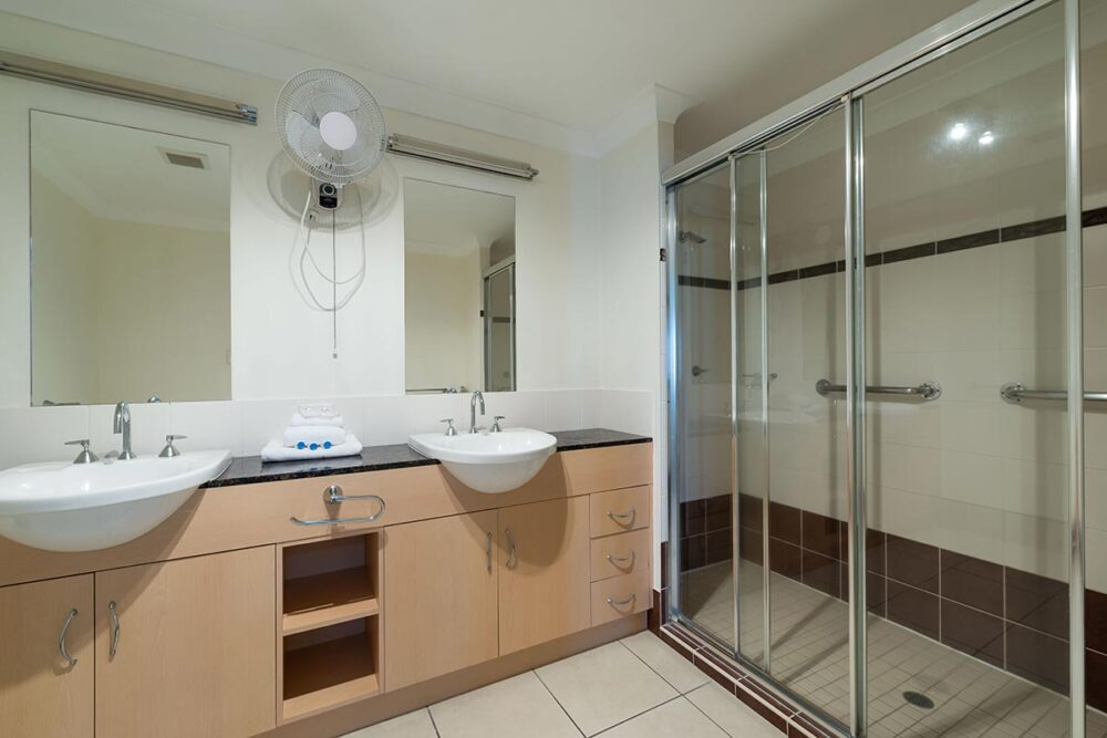 1200-3bed-beaumont-cairns-accommodation19