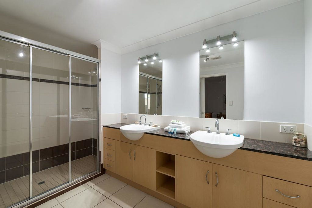 1200-3bed-beaumont-cairns-accommodation2