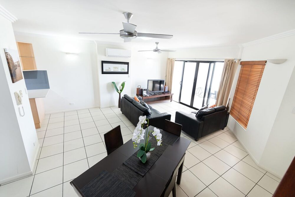 1200-3bed-beaumont-cairns-accommodation21