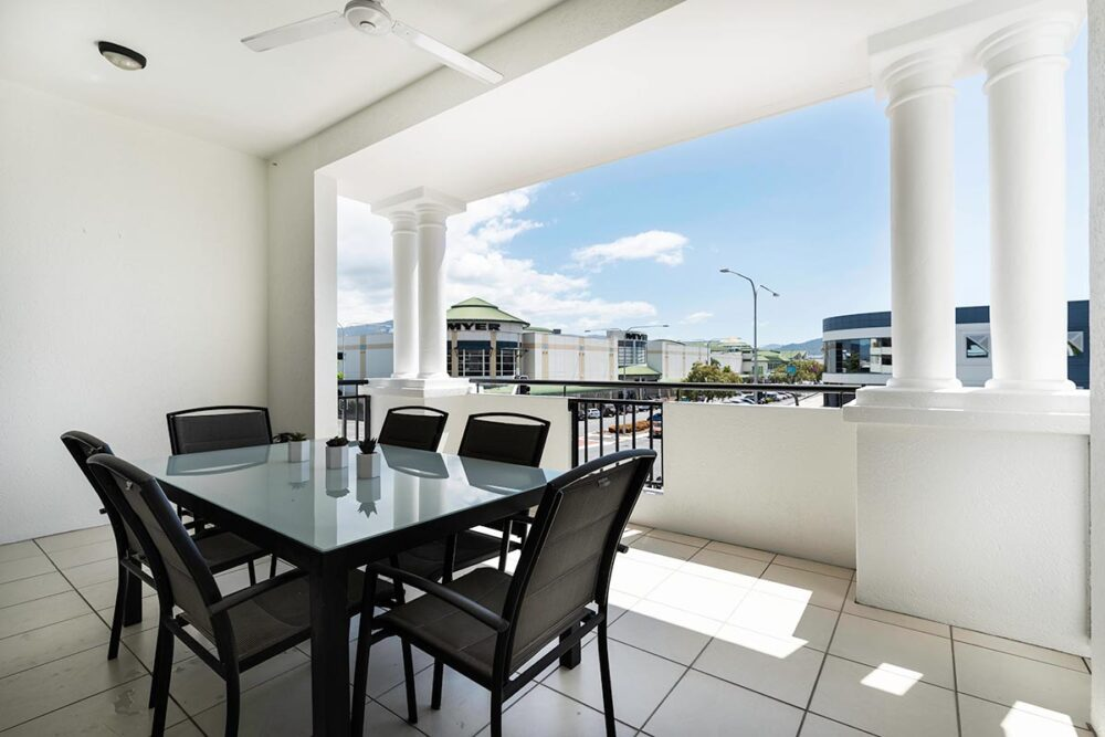 1200-3bed-beaumont-cairns-accommodation8