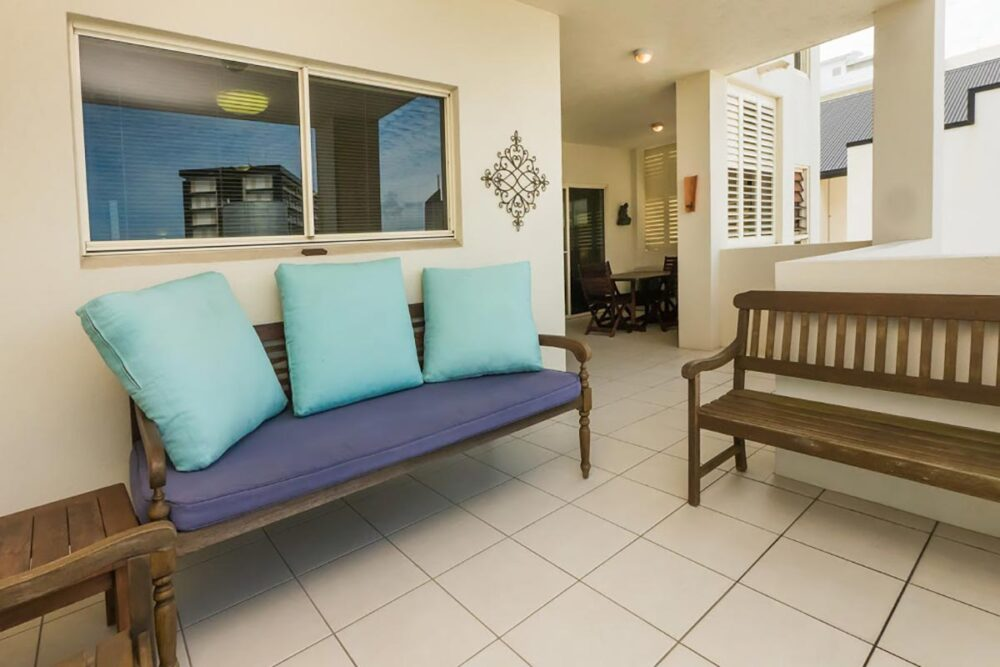 1200-3bed-claredon-cairns-accommodation13