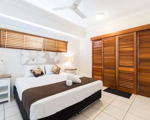 1200-3bed-claredon-cairns-accommodation18