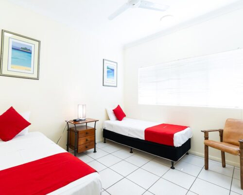 1200-3bed-claredon-cairns-accommodation3