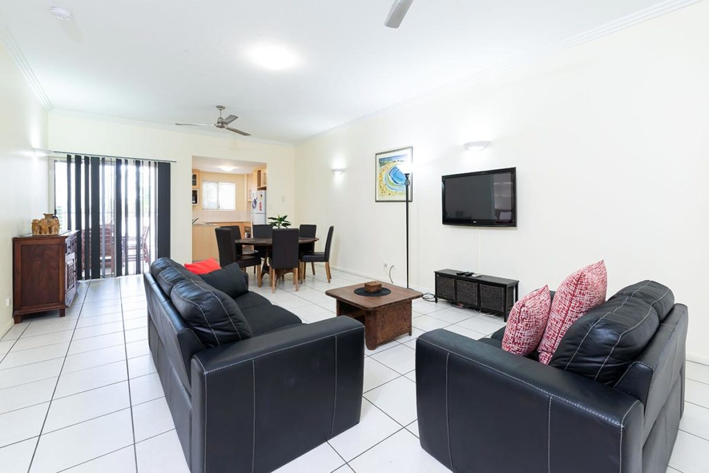 1200-3bed-claredon-cairns-accommodation9
