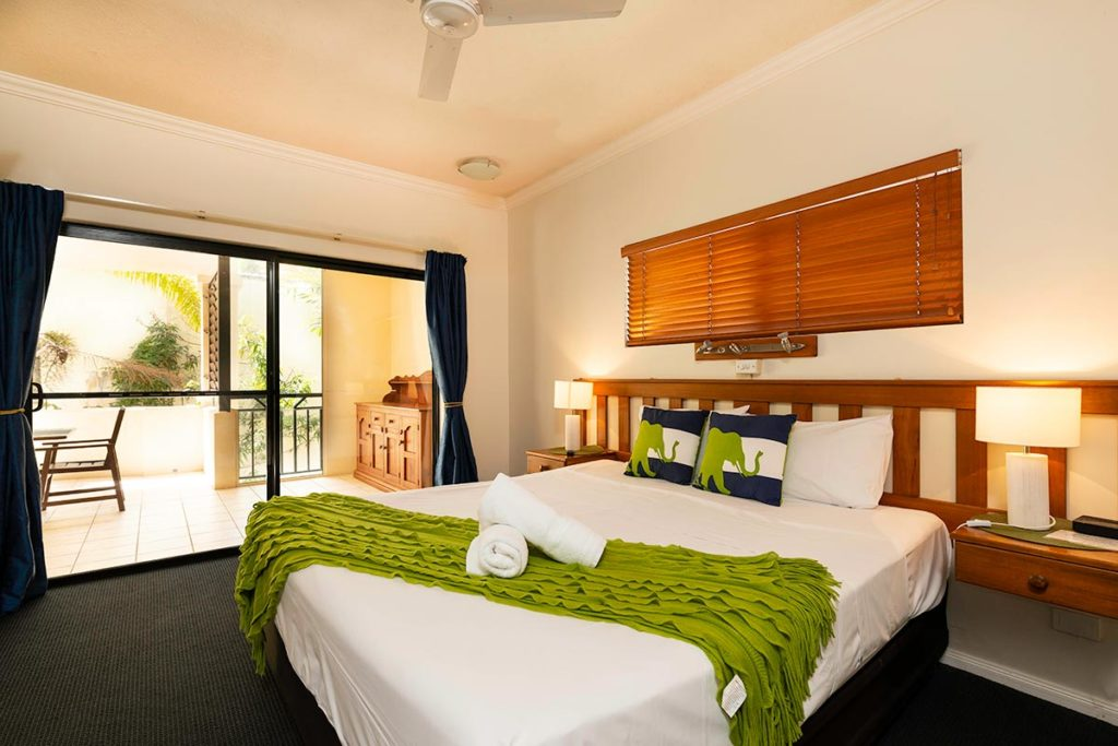 1200-3bed-regency-cairns-accommodation1
