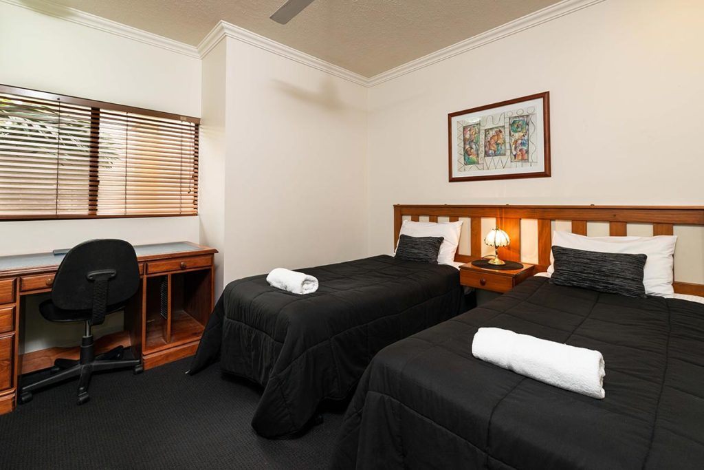 1200-3bed-regency-cairns-accommodation2